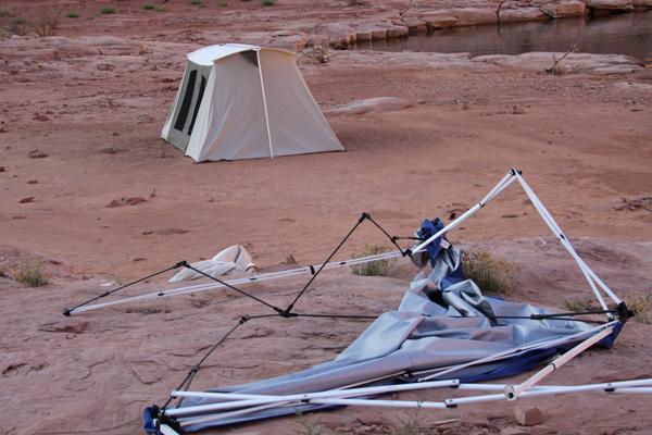 kodiak-tent-at-lake-powell.jpg